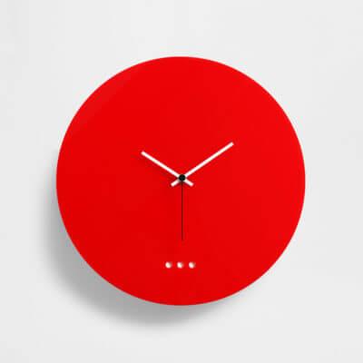 orologio grande da parete rosso in plexiglas