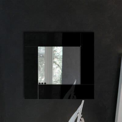 Specchio da parete in plexiglas nero riflettente