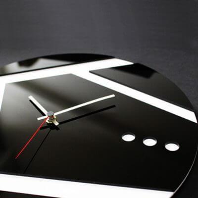 Orologio da muro moderno