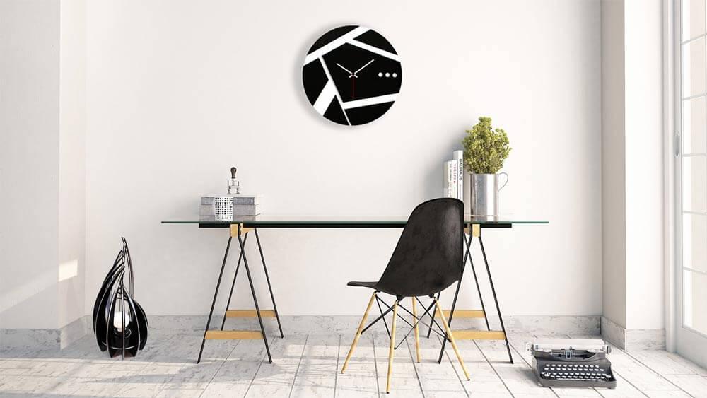 orologio-da-parete-e-lampada-in-plexiglass